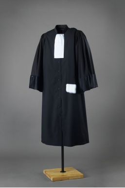 Cout robe avocat